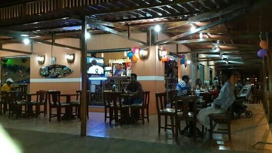 Machala, Ecuador: Bar La Fragata