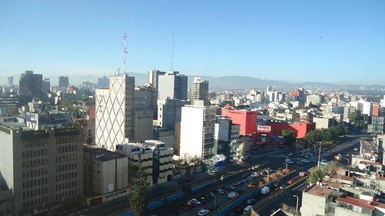 Hotel Royal Reforma: Vista hacia insurgentes
