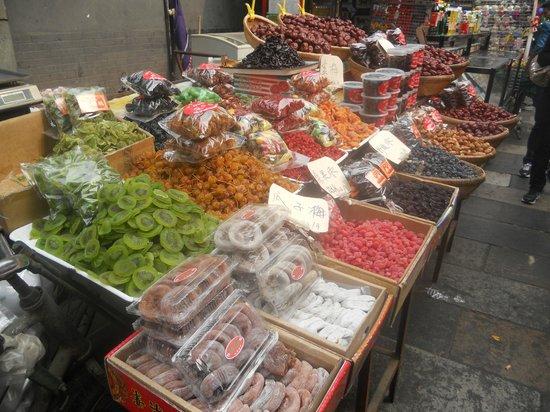 Gudu Wenhua Hotel: Muslim Markets
