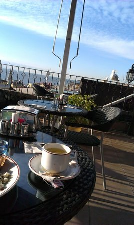 Angel's Home Hotel : Terrace on the roof