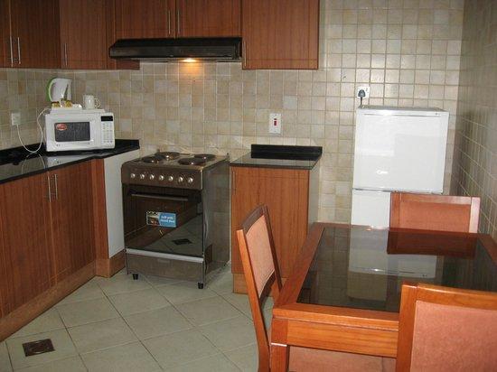 Winchester Hotel Apartments Kitchen