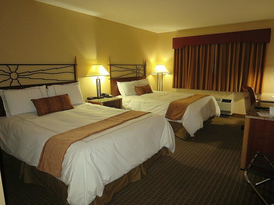 The Grand Hotel at the Grand Canyon : spacious room