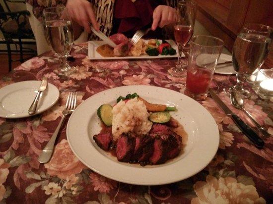 Mahle House Restaurant: steak frites, potato, vegetables