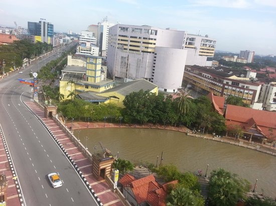 Wana Riverside Hotel: room view ~ morning