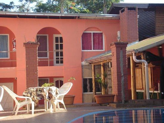 Hostel Sweet Hostel: exterior