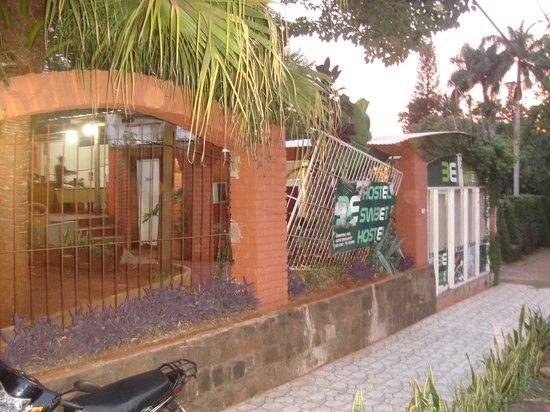 Hostel Sweet Hostel: entrada al hostel