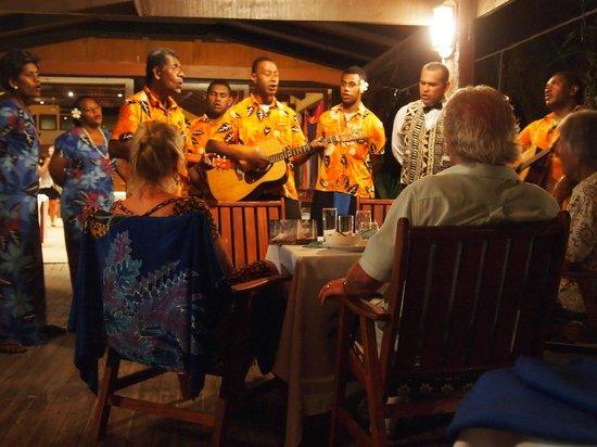First Landing Beach Resort & Villas: Evening Serenades