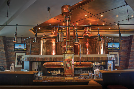 Paulaner Brauhaus: The bar that serves only home-brewed beer