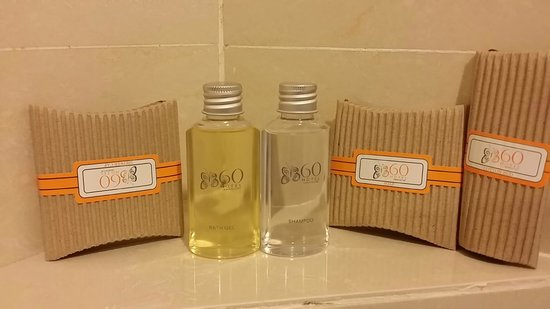 M Hotels : Toiletries sets