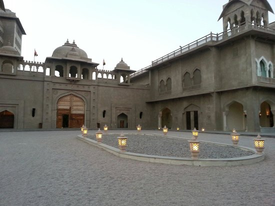 Fairmont Jaipur: Hotel entry