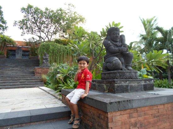 Bumi Surabaya City Resort: Recreational area