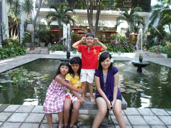 Bumi Surabaya City Resort: Garden