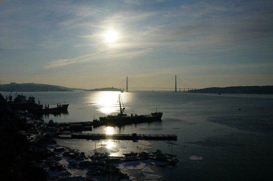 Lighthouse Egersheld : Вид на мост через Золотой Рог