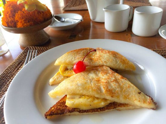 Natura Resort and Spa: French toast! Confirmed its Delish!