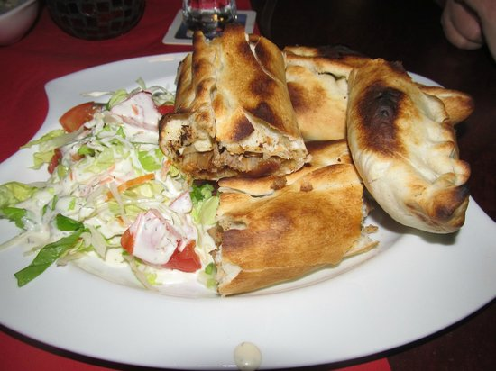Ilan Grillstube: Ilan pide with doner meat.  Very good!