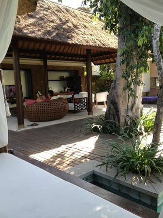 Amarterra Villas Bali Nusa Dua - MGallery Collection : from the daybed to the outdoor pavilion