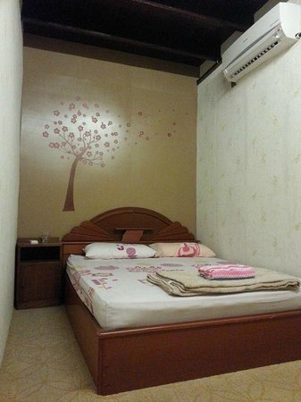 Yes Home Stay: Standard Queen Room