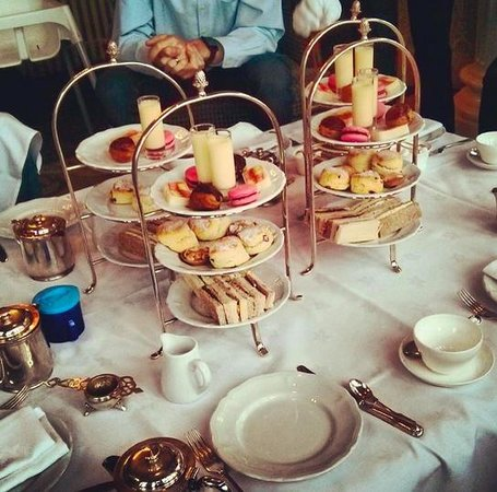 Stapleford Park: Delicious afternoon tea!