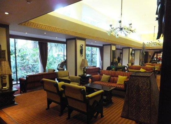Nairobi Serena Hotel : Serena lobby