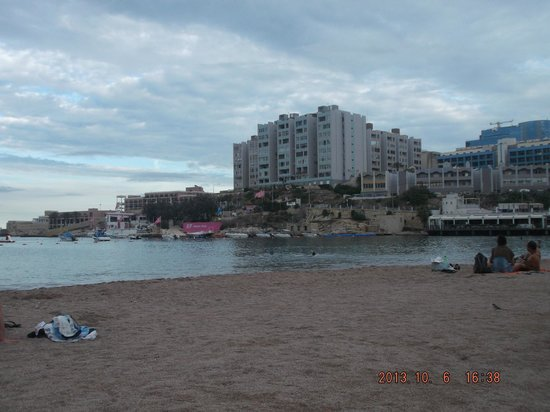 St. George's Bay : Spiaggia