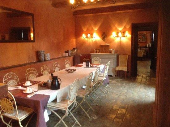 Villa Estelle : breakfast room