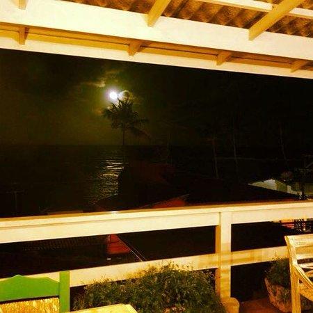 Pousada Via Brasil: Lua na última noite