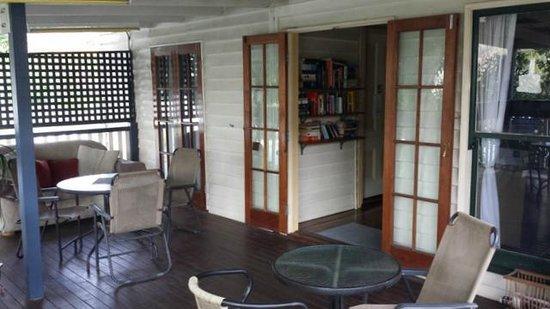 Bowen Terrace International Accommodation: Terrace