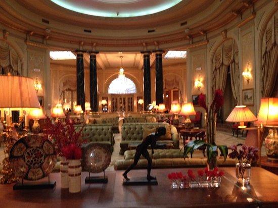El Palace Hotel : Lobby