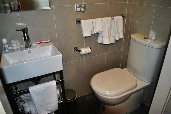 The Bayswater Sydney: Banheiro