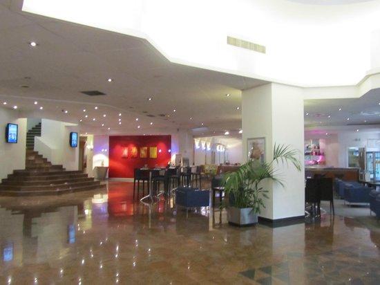 Novotel Nice Arenas Aeroport : restaurant