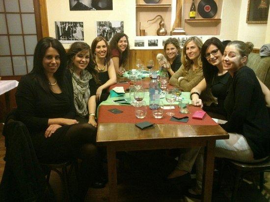 Trattoria Roberto: Unas chicas de fiesta