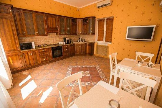 Gorkoff at Malaya Bronnaya: Dining room