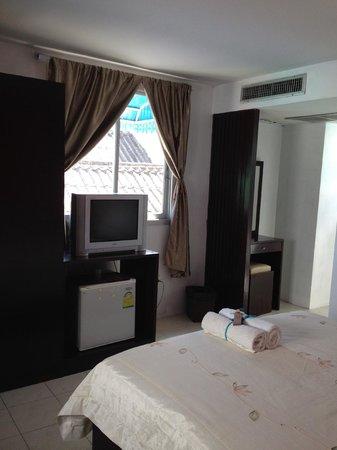 Hua Hin Paradise Guest House: room 203
