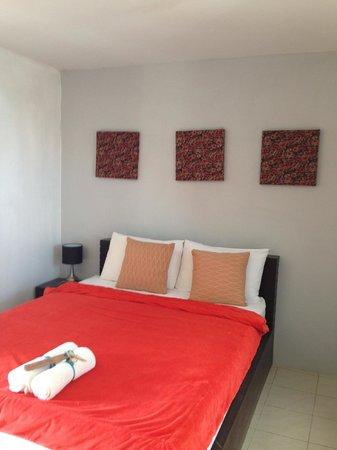 Hua Hin Paradise Guest House : room 404