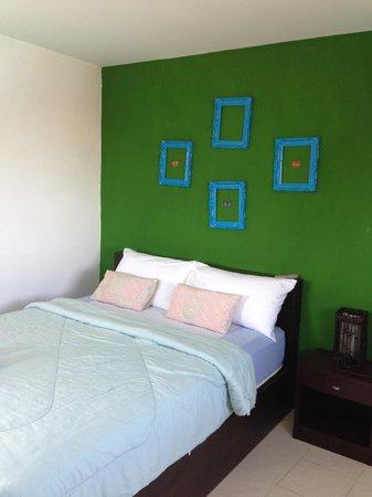 Hua Hin Paradise Guest House : room 405