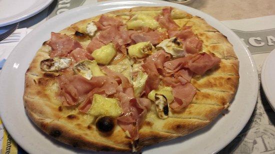Fabbrica Pizzeria con Cucina : focaccia bree e cotto
