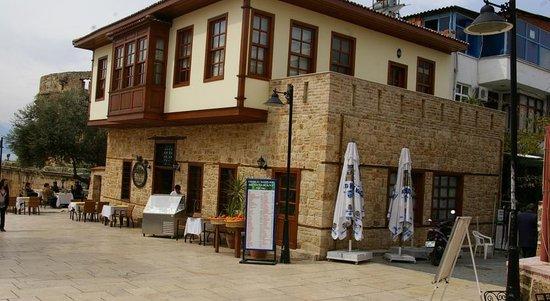Odile Hotel Restaurant