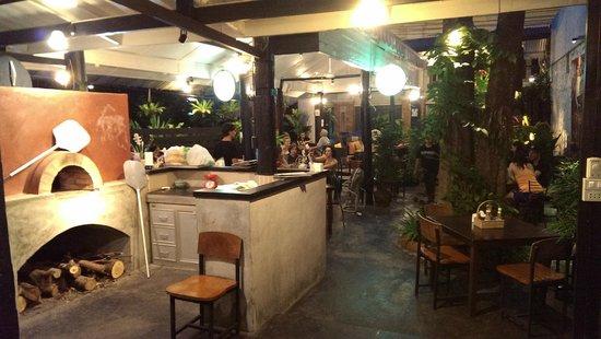 Ranee's Restaurant: view of restaurant