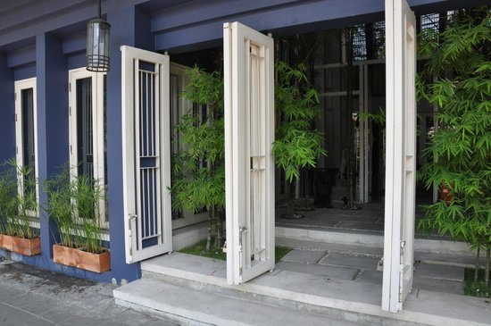 Loog Choob Homestay: Eingangsbereich