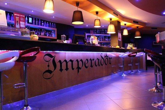 Hotel AJ: IMPERADOR BAR
