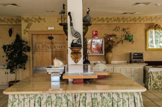Restaurante El Palasiet: Zona de buffet en el desayuno en el Palasiet