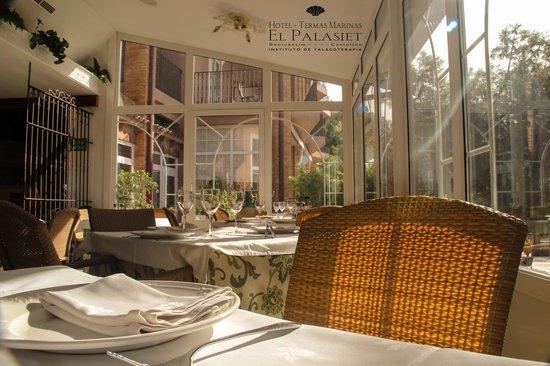 Restaurante El Palasiet: Sentarse a comer es una delicia en el Restaurante Palasiet