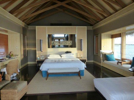 Shangri-La's Villingili Resort and Spa Maldives: villa