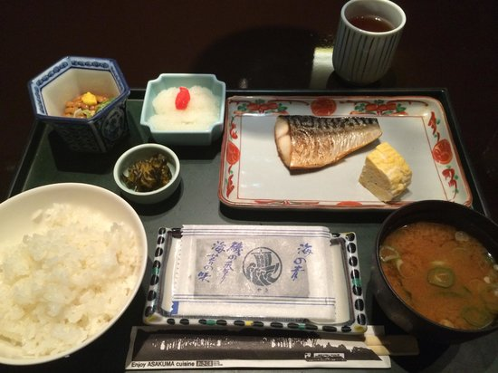 Nagoya Sakae Washington Hotel Plaza : 朝食は1050円。洋食も選択可能。