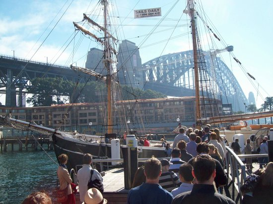 Sydney Harbour: A sailing ship to cruise the bays