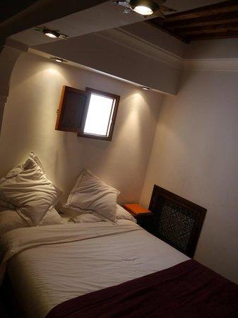 Riad Kalaa : The upstairs bedroom area in La Courtisane room
