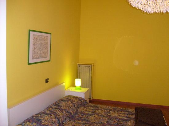 Al Numero 4 : mimosa room