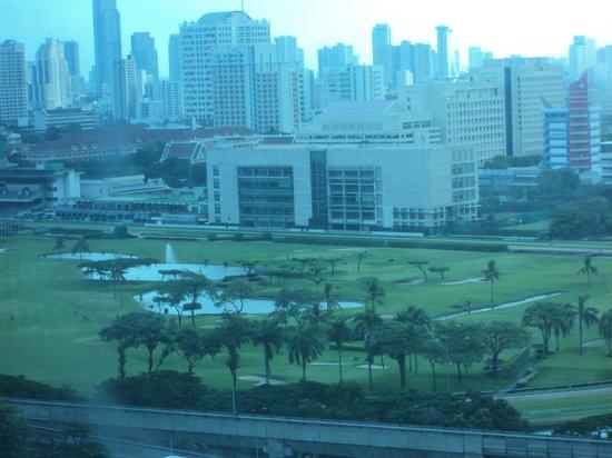 Renaissance Bangkok Ratchaprasong Hotel: View from Hotel room