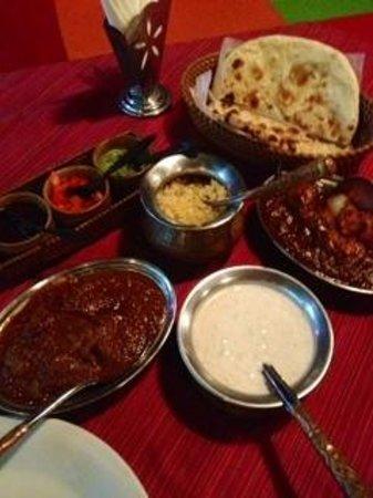 Gateway of India: Chicken Tikka Masala&Rogan Gosht