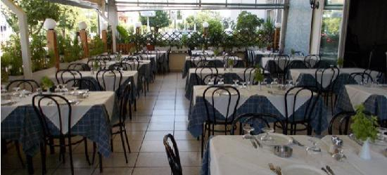 Arsenis Taverna